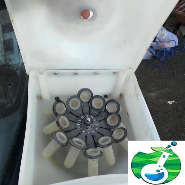 دستگاه آزمایشگاهی (سریفیوژ )